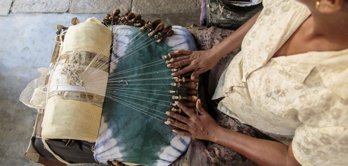 Tourism - Culture: Lady lace makers