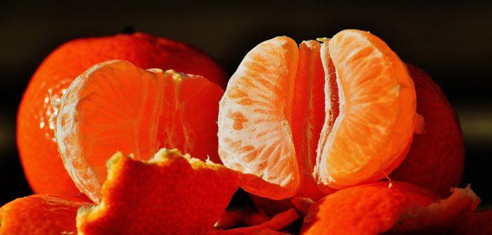 """Tangerine Caipirinha with """"Dedo de Moça""""Pepper"""