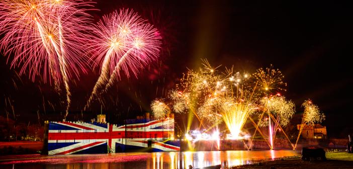 Bonfire Night: London fireworks displays