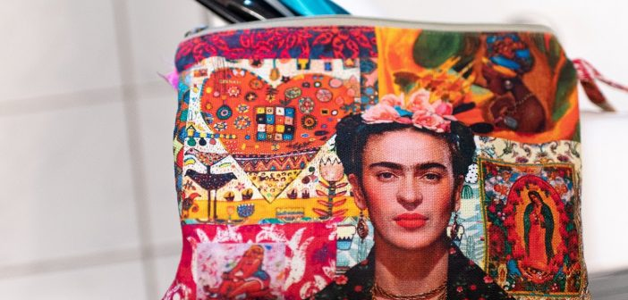 Latinos that Rock! Frida Kahlo
